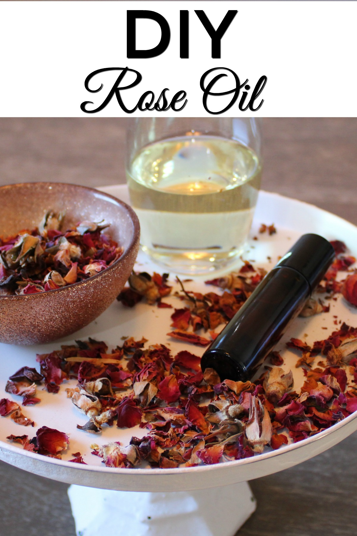 Hey guys, I'm back with another great beauty DIY! This DIY Rose Oil can be made in an afternoon and can be added to your beauty regimen.